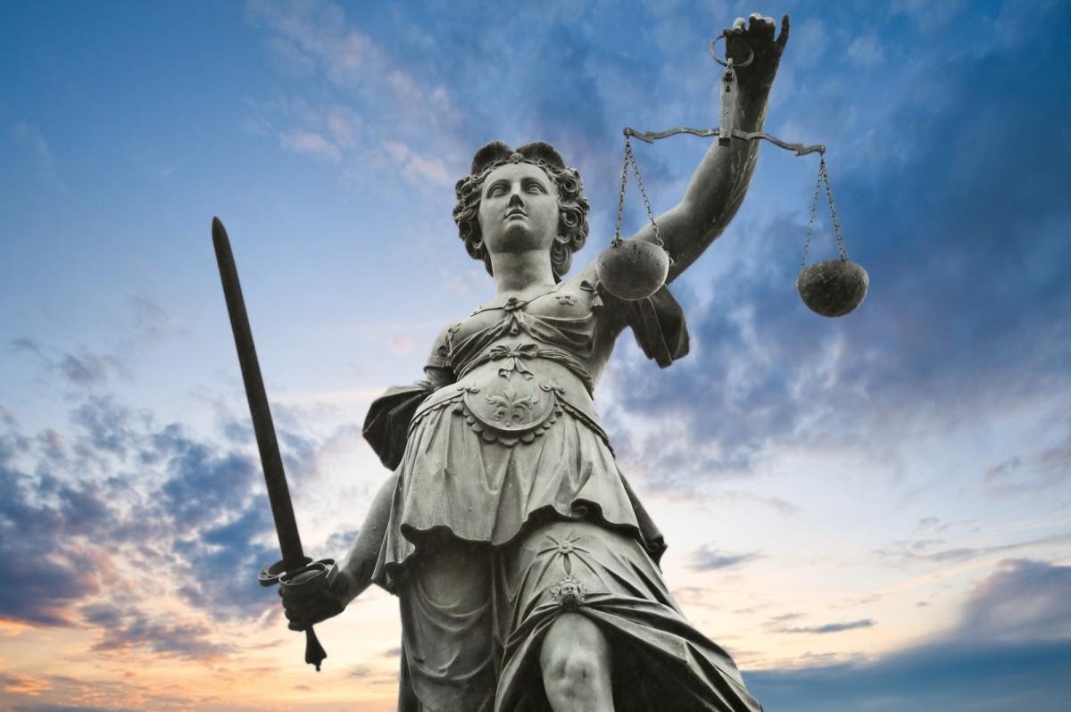 Οι αρχαϊκοί νόμοι  (1100-750 π.Χ.)