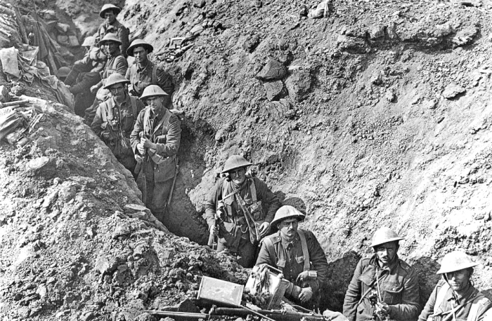 New_Zealand_trench_Flers_September_1916