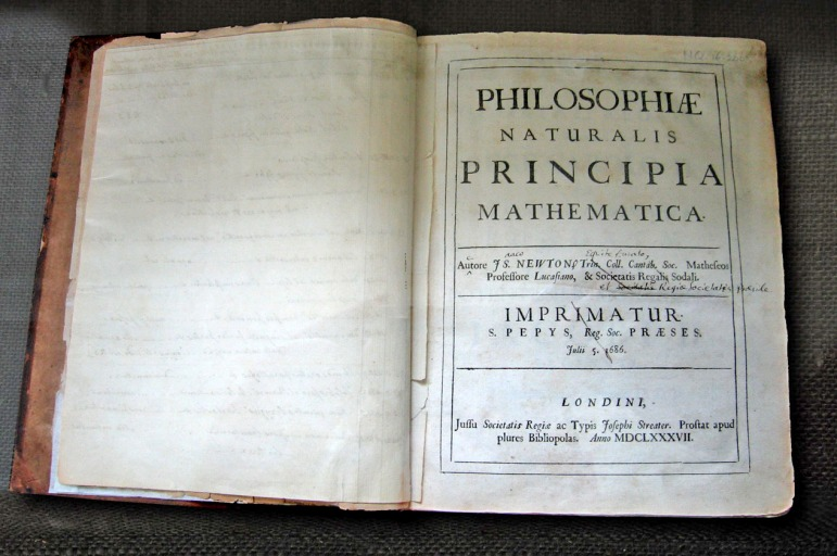 NewtonsPrincipia_wikimedia commons