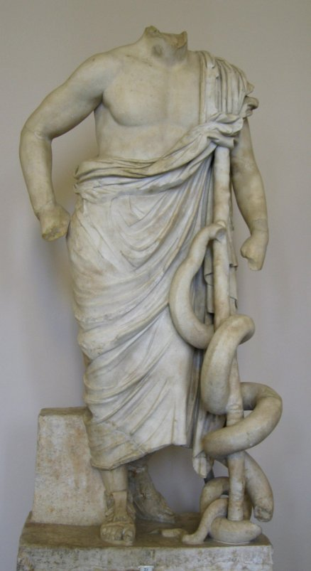 Άγαλμα Ασκληπιού_μουσείο Περγάμου_Βερολίνο_πηγή wikimedia commons