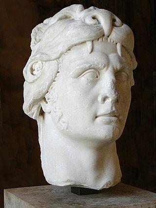 Μαρμάρινη προτομή απεικονίζουσα τον βασιλέα του Πόντου Μιθριδάτη ΣΤ´ ως Ηρακλή, από την περίοδο της Ρωμαϊκής αυτοκρατορίας (1ος αι.)_μουσείο Λούβρου