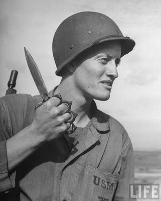 US_Mark_One_Trench_Knife-Soldier