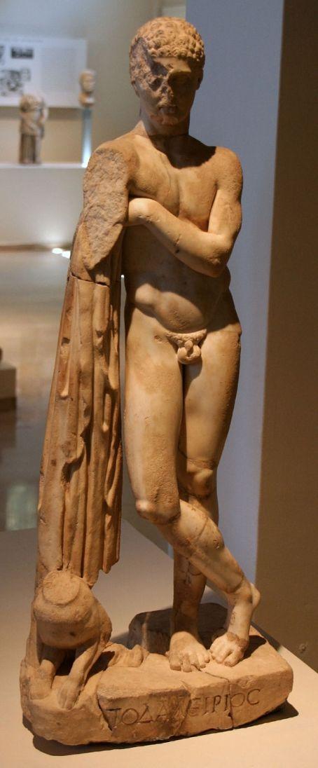 Άγαλμα Ποδαλείριου