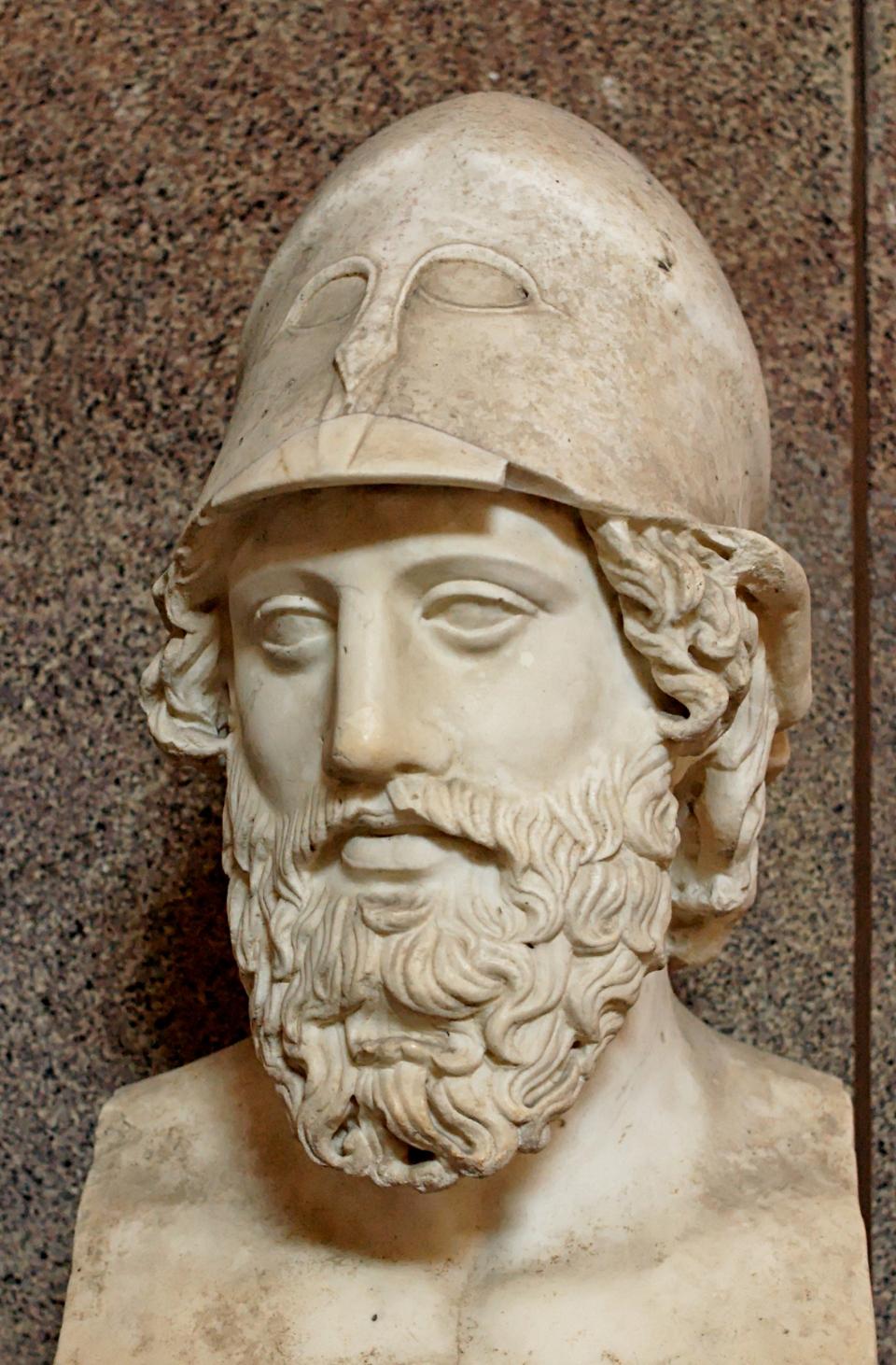 Ρωμαϊκή προτομή Έλληνα στρατηγού η οποία πιθανόν να ανήκει στον Παρμενίωνα_400 π.Χ_μουσείο Βατικανού