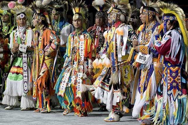 Κρόου Grass Dancers