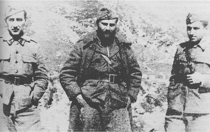 Ο Οδυσσέας Ελύτης ως Ανθυπολοχαγός στο μέτωπο 1940