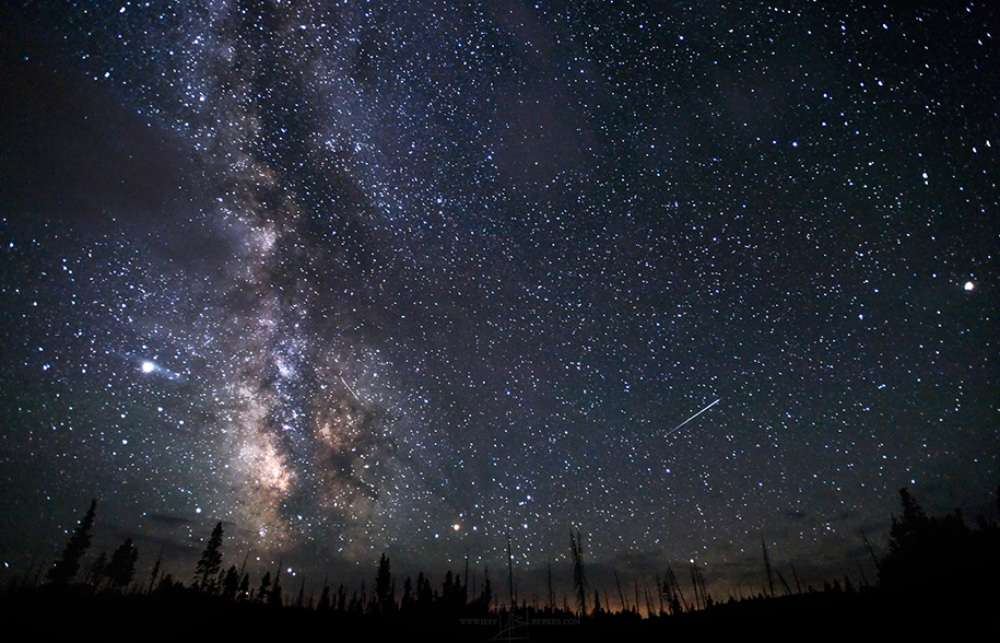 Delta Aquarid meteor shower photographed in Yellowstone National Park, USA, 2008. (Image: Jeff Berkes/Flickr) Australian Geographic URL [http://www.australiangeographic.com.au/news/2016/07/delta-aquarids-meteor-shower-to-shine-in-late-july?utm_source=exacttarget&utm_medium=email&utm_campaign=46501&utm_content=379599&user_id=9c109b8e546ff9a14f21fce85fb52fcabea44b7e]