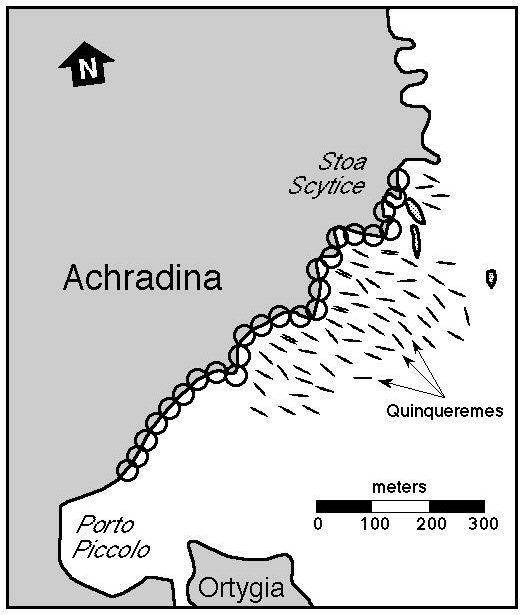 ΣΎΚΟ. 2 Χάρτης της ακτογραμμής των Συρακουσών, όπου στόλου Marcellus » επιτέθηκαν. Οι κύκλοι αντιπροσωπεύουν τις περιοχές του προτεινόμενου είκοσι πέντε Σίδερο Χέρια που προστατεύονται από το τέντωμα 900-μετρητή της τείχος. Επίσης, παρουσιάζονται είναι τα εξήντα quinqueremes που αποτελούσαν το Ρωμαϊκό στόλο.