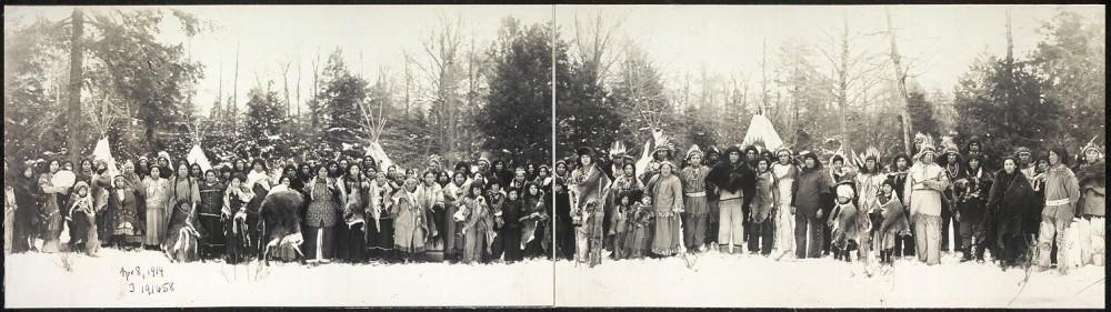 Ινδιάνοι Iroquois Library of Congress Prints and Photographs Division Washington, D.C. 20540 USA URL [http://www.loc.gov/pictures/item/2007661908/]
