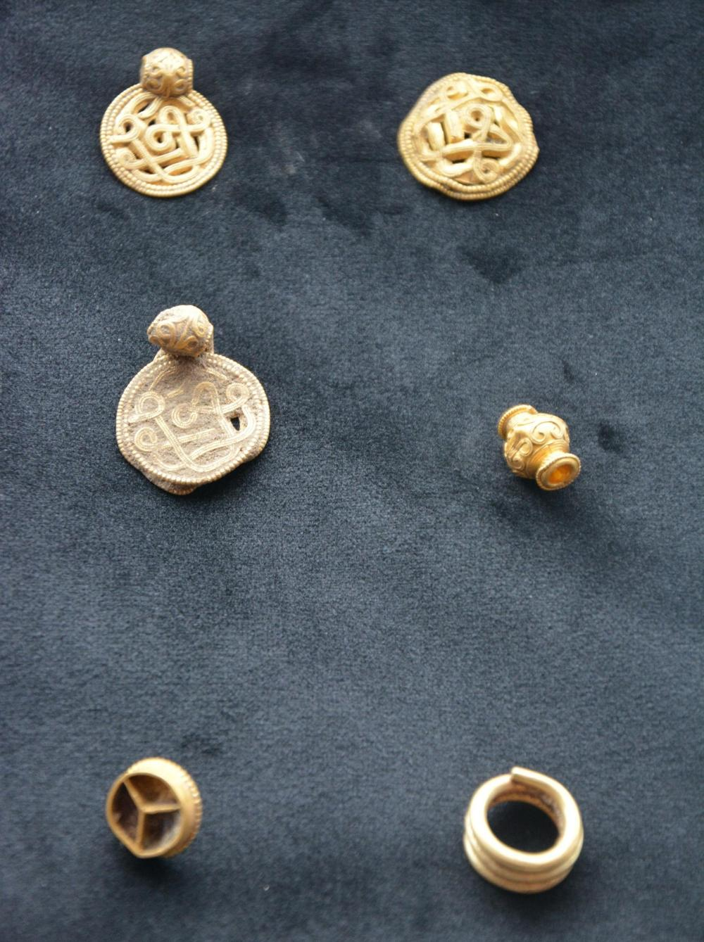 denmark iron age gold 3.jpg